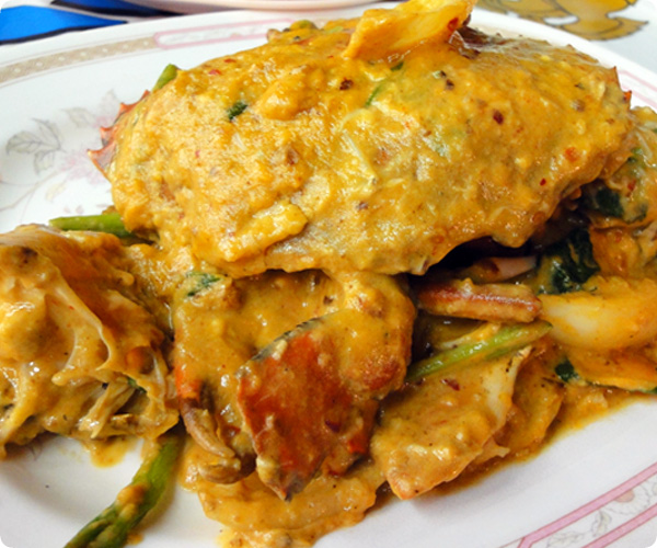 タイ料理プー・パッ・ポン・カリー