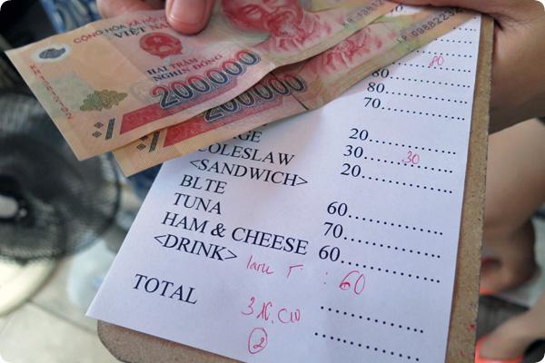バーガーブロスの会計