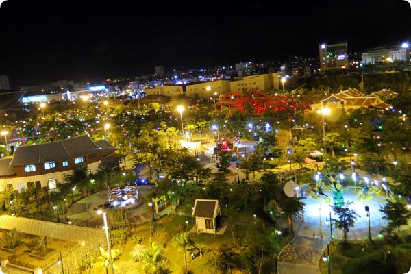観覧車から見たダナンの夜景