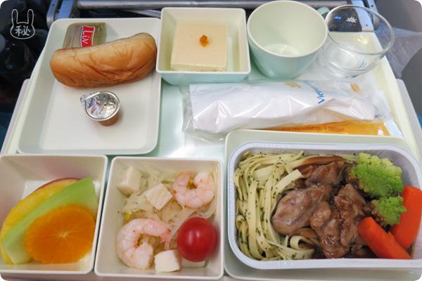 ベトナム航空の洋食機内食