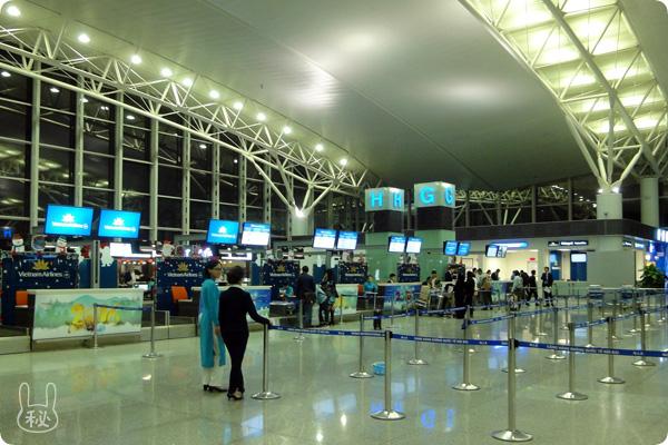 ノイバイ国際空港のベトナム航空