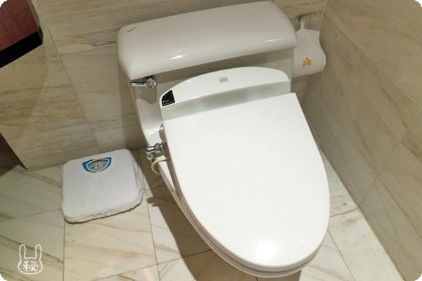 ホテルニッコーハノイのトイレ
