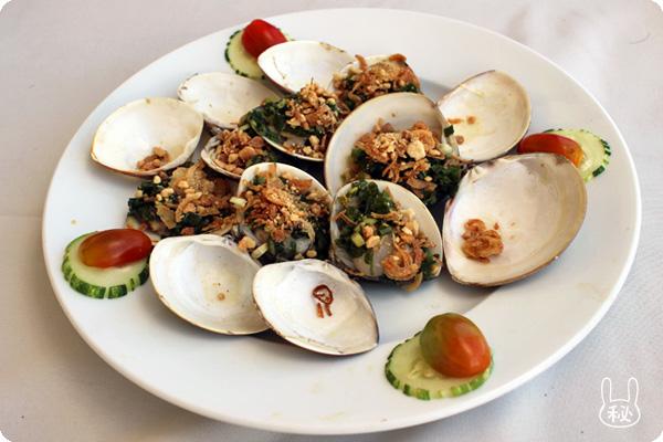 4Uビーチレストランの貝料理